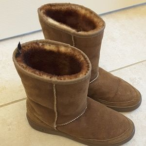 Ugg boots size 8-9